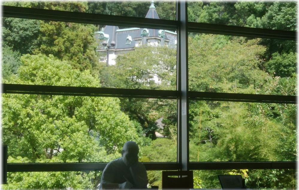 坂の上の雲ミュージアム2階からの風景写真